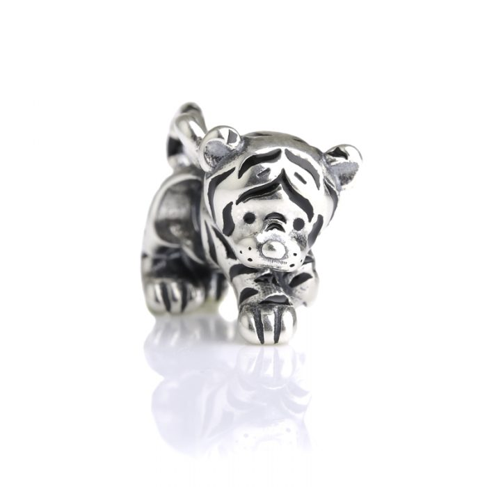 Kitty – Tiger Charm