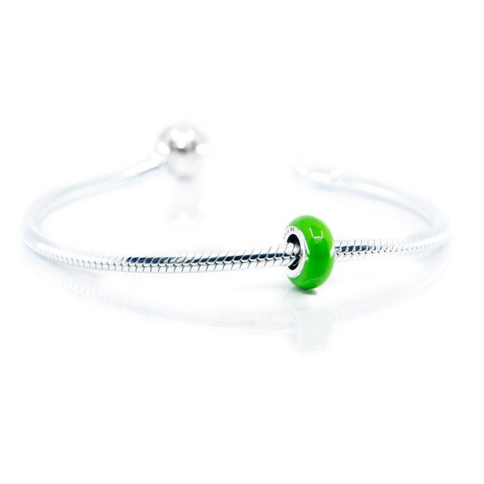 Green stopper on bracelet